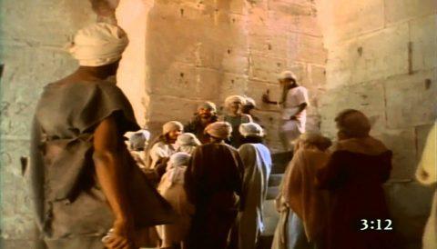 Film la Bible lue en vidéo, mot a mot « les Actes des Apôtres » – chapitre 3