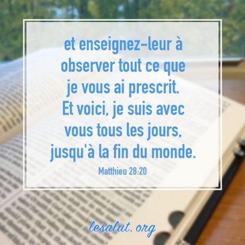 Dieu est avec nous tous les jours – Versets bibliques en images