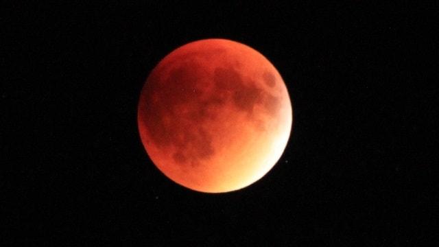 lune de sang, lune rouge