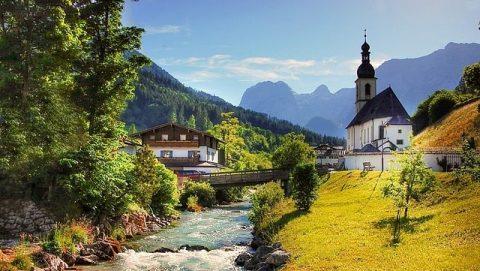 Ma belle ville natale : La création miraculeuse de Dieu