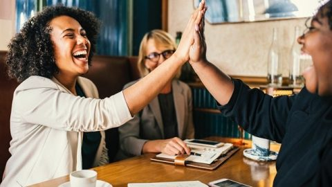 Vie chrétienne : les 4 principes selon la volonté de Dieu qui vous permettent de vous entendre avec les autres