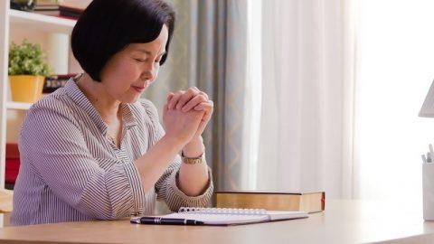 Le miracle de la Foi : Lorsque la vie de sa petite fille de 6 ans était en danger, elle a vu la puissance de Dieu en priant