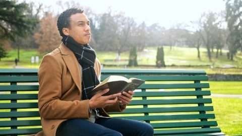 Comment connaitre et considérer le fait de la souveraineté de Dieu sur le destin humain